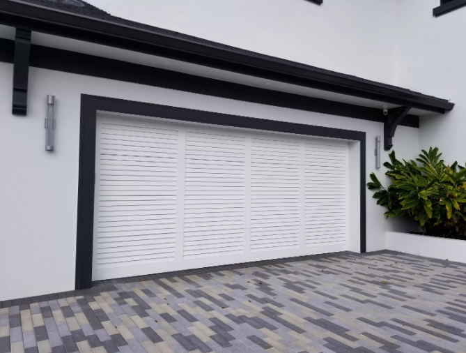 New Garage Door Increases the Value of Your House in Vancouver